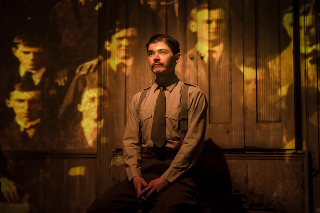 © Scott Rylander, Alexander Knox as Charlie Hamilton Sorley