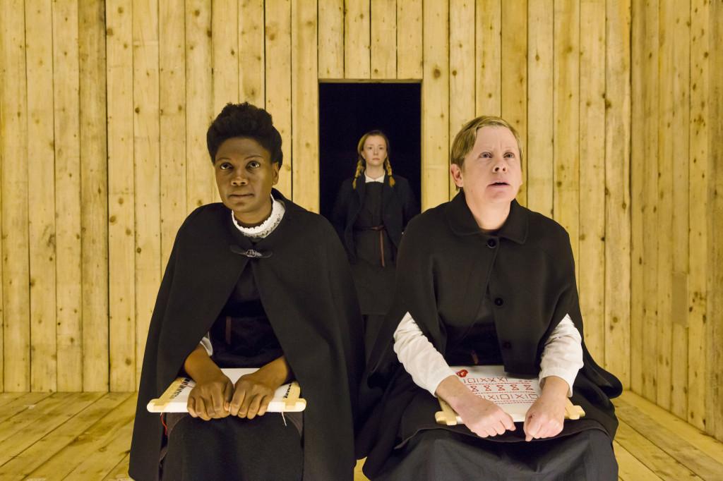 © Stephen Cummiskey, Sarah Niles and Jane Hazlegrove (foreground), Fiona Glascott (background)