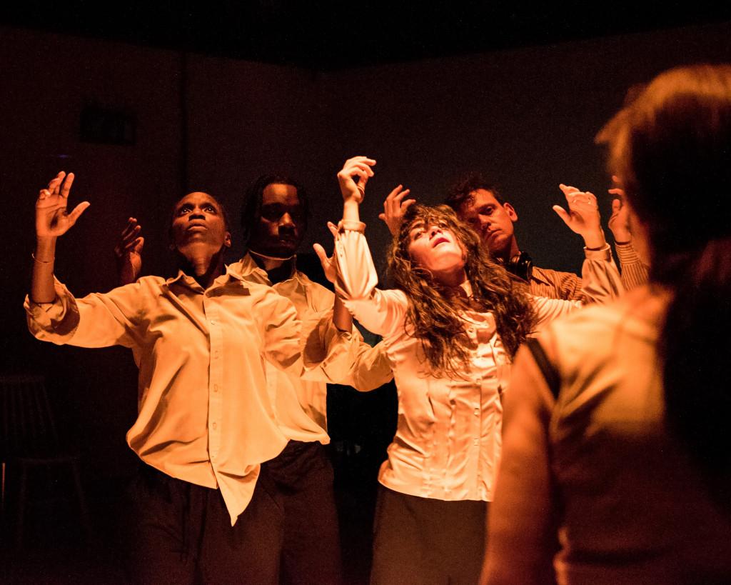 © Chloe Lamford, chorus of Nuclear War, Sharon Duncan-Brewster, Gerrome Miller, Beatrice Scirocchi and Andrew Sheridan