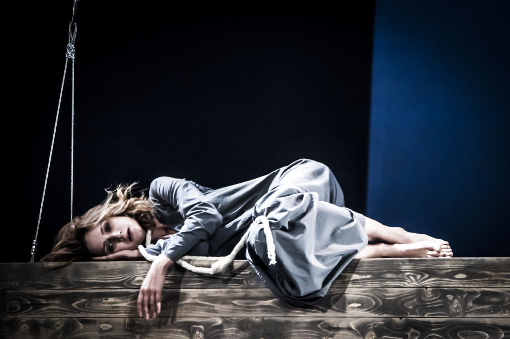© Alex Yocu, Victoria Isakova as Ranevskaya